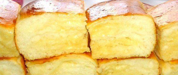 Ингредиенты:   - Молоко – 200 мл  - Дрожжи (сухие) – 1,5 ч.л.  - Сливочное масло (в тесто – 50 гр.;для смазывания слоёв – 120 гр.) -170 ...