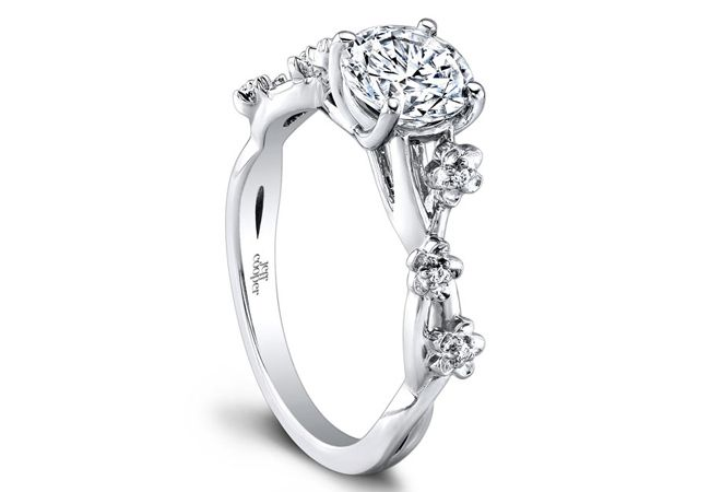 Floral-inspired engagement ring//Courtesy of Jeff Cooper