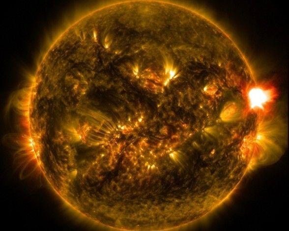 Primera llamarada solar de 2015: