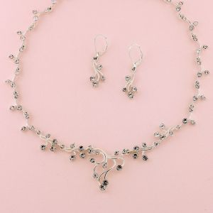 """15-1/2"""" - 17-1/2"""" Silver Necklace & 1-1/2"""" Earring"""