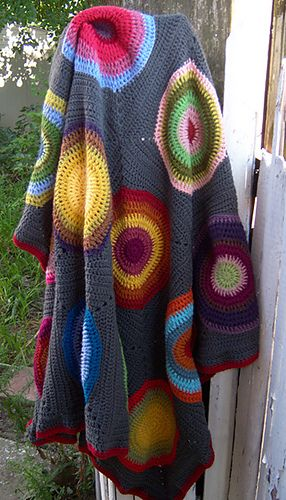 Like the idea of this type of blanket for my little man - with more blues and reds instead of pinks and purples