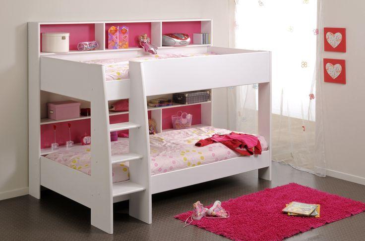 Kamer; slaapkamer kids met plek waar ze hun spullen kwijt kunnen Merk; Stapelbed Leo