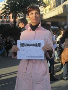 flash mob a Cagliari: liberate Rossella