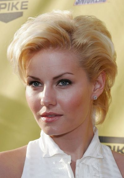 Elisha Cuthbert wears her short hair teased out - low-maintenance hairstyle for short hair.......OH MY  WORD, ALEESHA!!!   <3<3<3