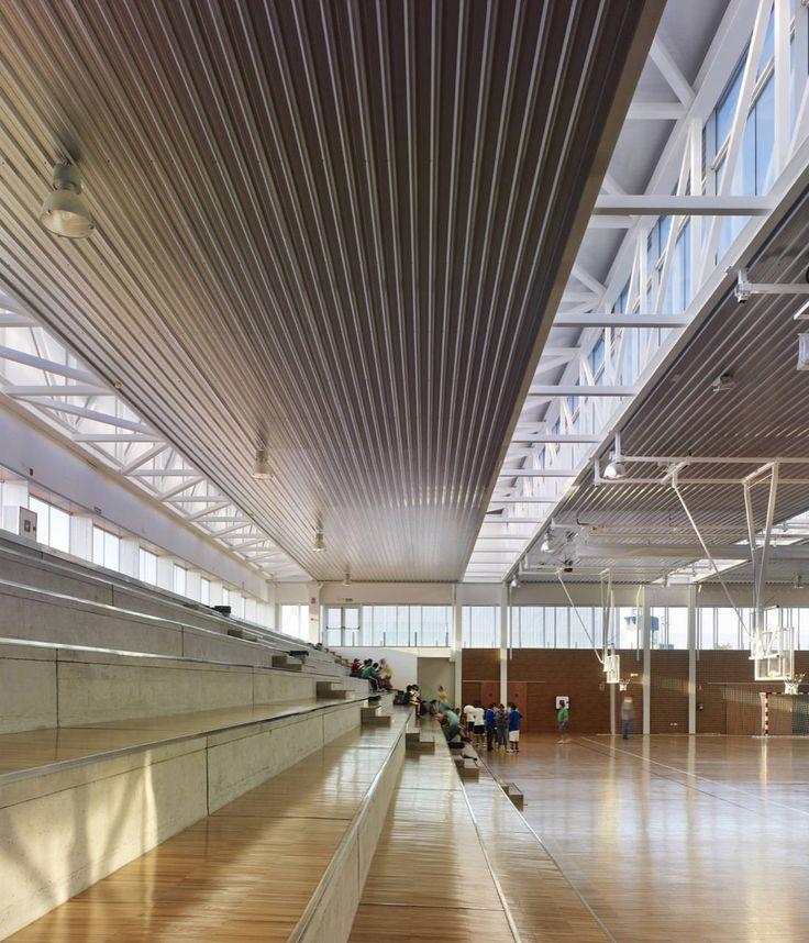 Gallery of Arteixo Sport Center / Jose Ramon Garitaonaindia de Vera - 32