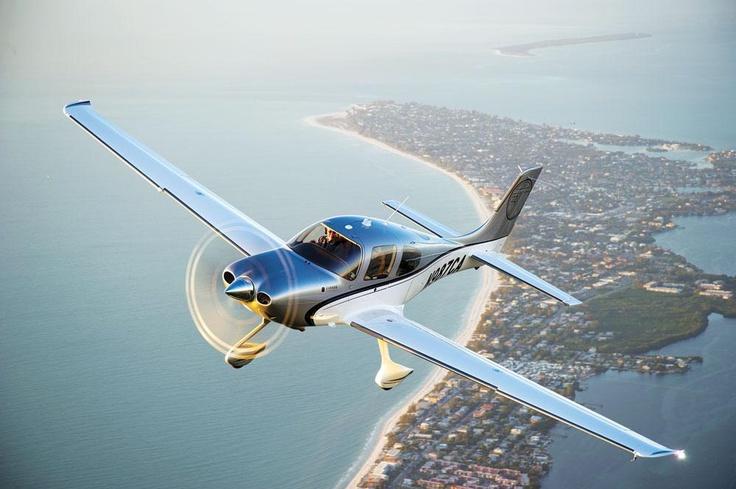 Cirrus SR22   Flying Magazine