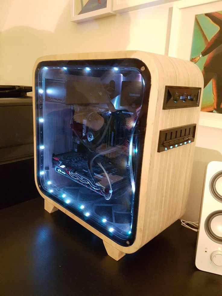 Homemade Computer Case. Pretty cool looking.