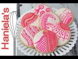 Картинки по запросу cookie decorated with royal icing