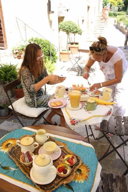 On summer you can have breakfast close to the Loggiato di Santa Caterina!  http://www.loggiato.it/