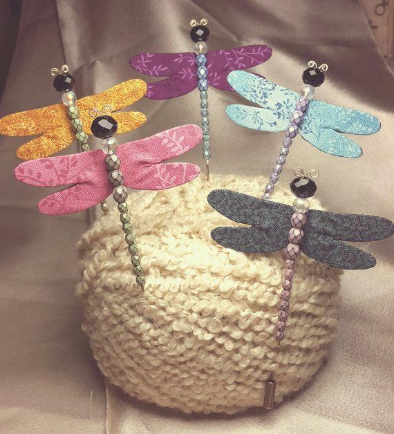 Mira este artículo en mi tienda de Etsy: https://www.etsy.com/es/listing/268579191/10-libelulas-handmade-dragonfly-brooch