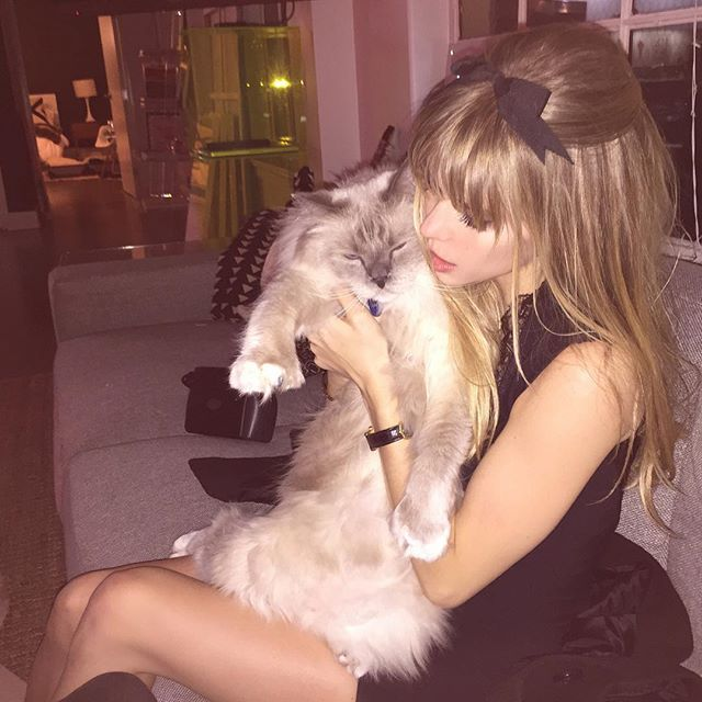 carlson young @carlsonyoung V happy new year,...Instagram photo | Websta (Webstagram)