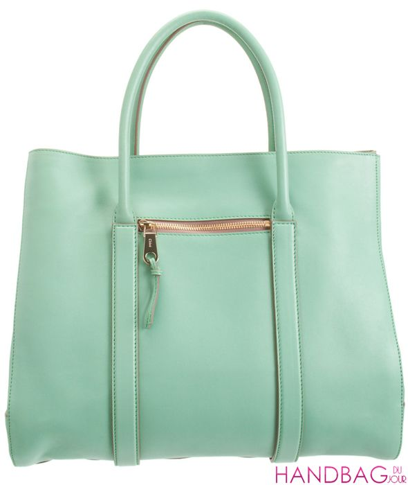 love the mint color! love the big size bag! huhu..i'm lovin it!