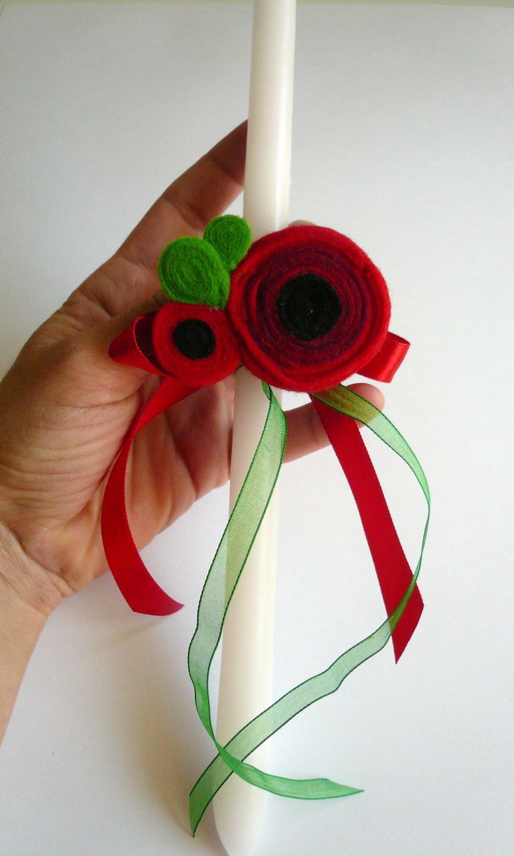 Handmade by Katerina Beadaboo Easter candle decorated with a felt brooch - poppies. https://www.facebook.com/BeadABoo