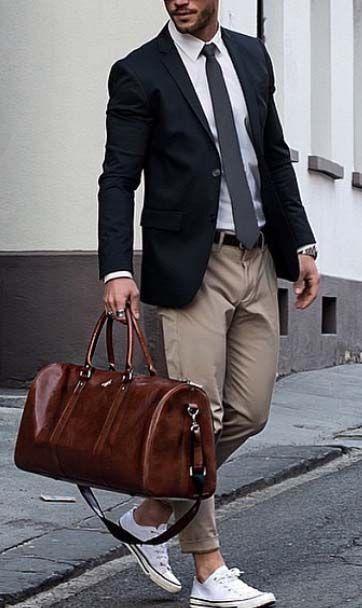 carry your gym gear to work // gym day // gym life // urban men // urban boys // mens fashion // city life // street fashion //