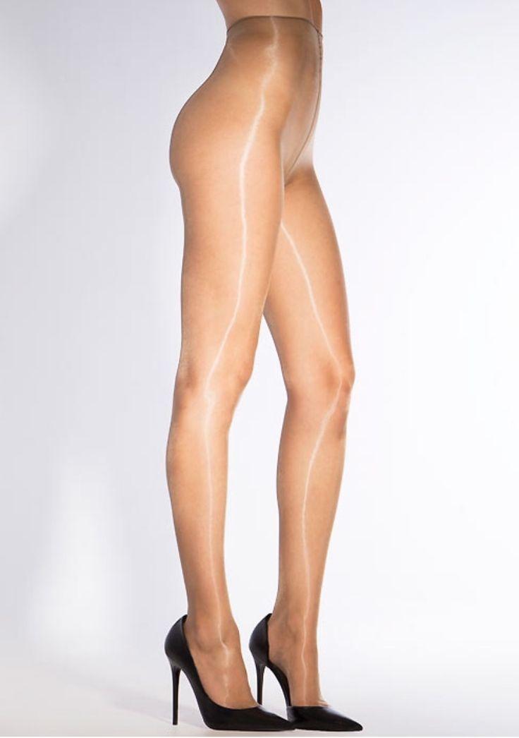 femme en collant bas lingerie talon : Photo