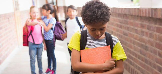 Cómo enseñar al niño a defenderse de los demás