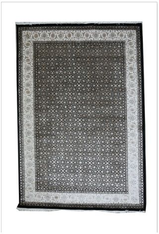 Amazing color of Herati Mahee rug for sale  this rug includes Intricately hand knotted, fine detailed classical Herati / Mahee motif. Fine New Zealand wool ground and design detailed in Finest Silk yarns.