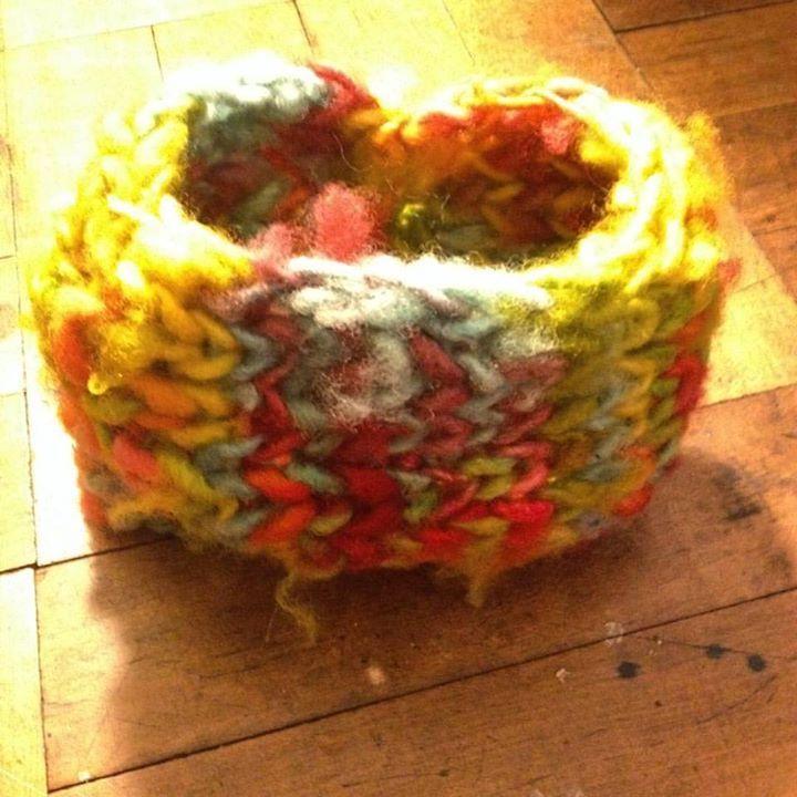 Cuello de lana de oveja teñido