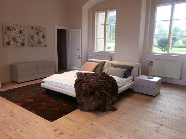 Ghost #bed and Haru chest of drawers in the romantic atmosphere of the Walpersdorf Castle at Lederleitner Home.
