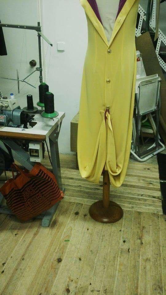 https://elricondekarlandbasics.com/2016/08/15/vestidos-a-medida-2/