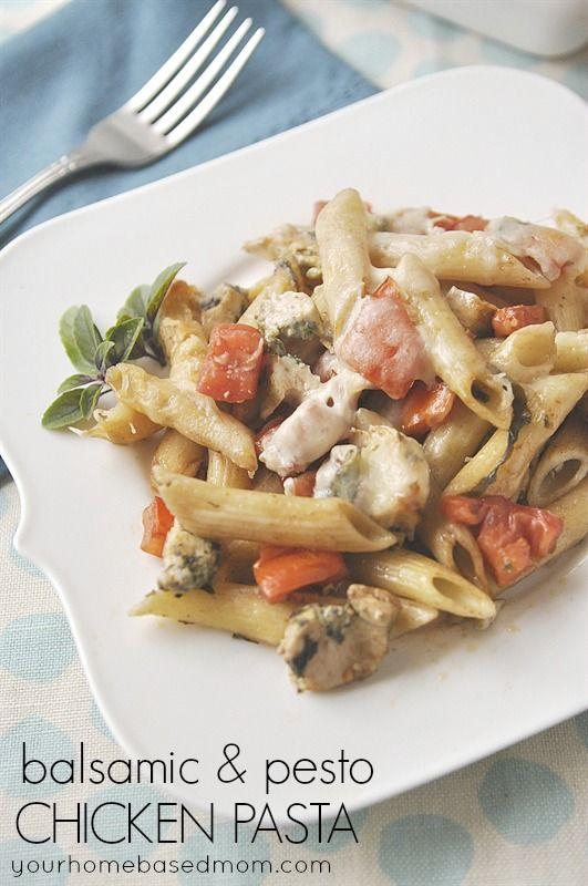 Balsamic & Pesto Chicken Pasta. This looks so amazing! #yum #recipe #momitforward