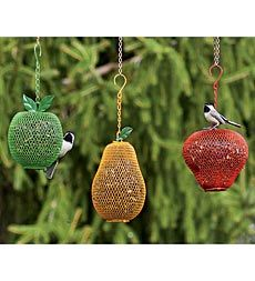 17 best images about animals bird feeders etc on for Mesh feeder ideas