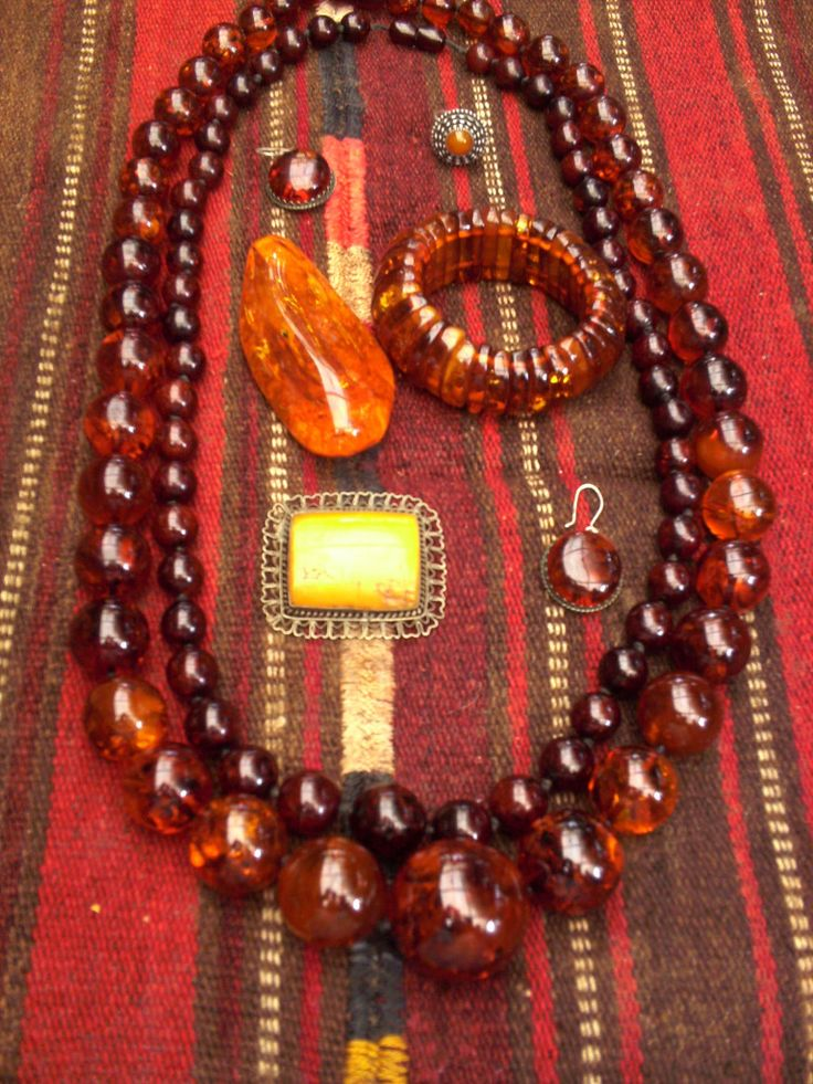 baltic amber c.1990s mostly 002
