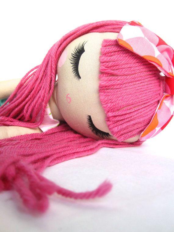 Muñeca de trapo clásico personalizado por Mend