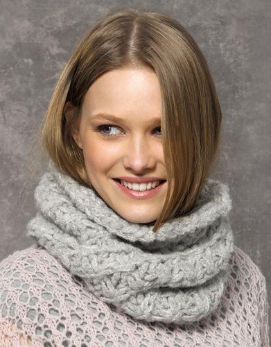 Revista mujer Concept 2 Otoño / Invierno | 44a: Mujer Cuello | Gris claro