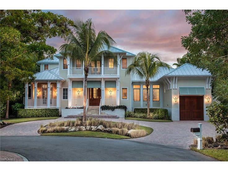 Charming 2011 Foresite-built Key West-style home. Situated on a cul-de-sac in Naples' desirable Aqualane Shores, this home is stunning, private and serene. An open floor plan with transitional furnishings and coastal accents invites you in. Most furniture is included. Great room, dining room, kitchen, 10-foot sliders and expansive windows bring in nature's beauty. Every design element enhances the blend of indoor-outdoor living. Magnificent wide plank floors, coffered ceilings, gourmet…