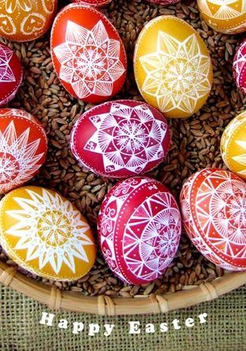 Painted eggs by Grzegorz Łobiński, via Flickr