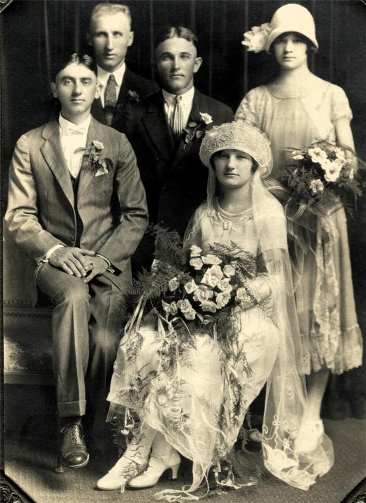 Trendy GORGEOUS cs Folder Photo WELL TO DO FLAPPER WEDDING PARTY PORTRAIT ILLINOIS