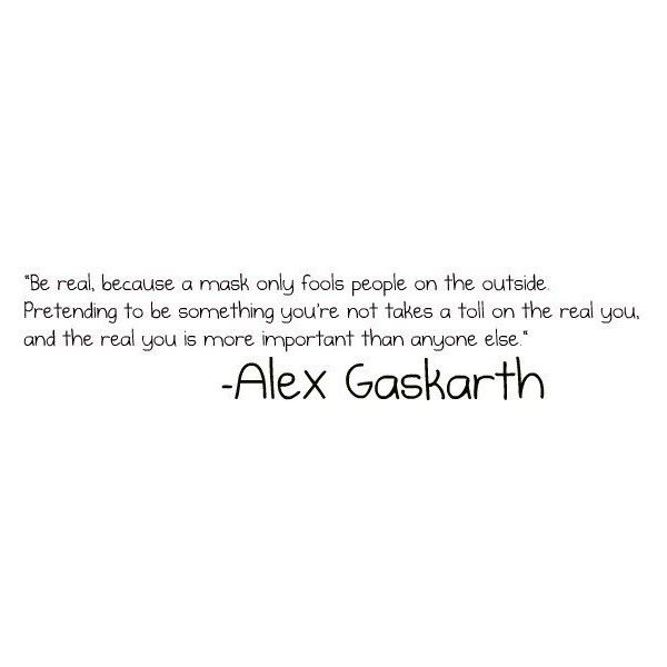Gotta ❤ Alex Gaskarth! This is amazing. Live by this! Alex Gaskarth is the vocalist from All Time Low.