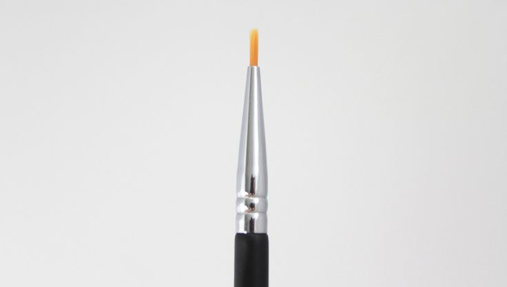Ultrafine Eyeliner Brush #xobeauty www.xobeautyshop.com