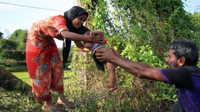 Berita Islam ! Dalam 10 Hari Terakhir Hampir 90.000 Muslim Rohingya Melarikan Diri... Bantu Share ! http://ift.tt/2j6Krcx Dalam 10 Hari Terakhir Hampir 90.000 Muslim Rohingya Melarikan Diri  Hampir 90.000 Muslim Rohingya telah melarikan diri ke Bangladesh dalam 10 hari terakhir. Pemerkosaan pembunuhan pembakaran dan pengusiran yang dilakukan militer Myanmar memaksa mereka meninggalkan kampung halaman. Vivian Tan juru bicara regional untuk UNHCR mengatakan kepada Al Jazeera pada hari Senin…