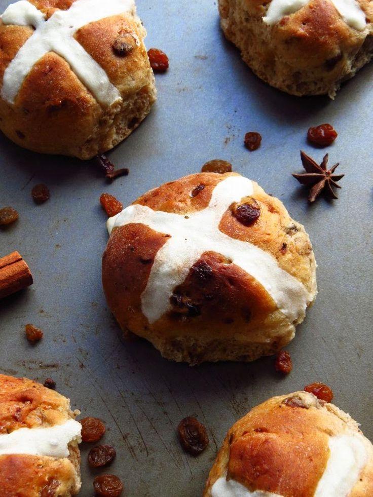 Katia au pays des merveilles: Brioches de Pâques (Hot cross buns)