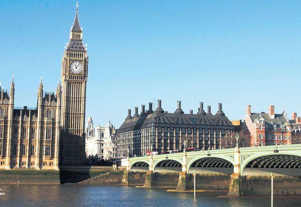 Românii au devenit a doua mare comunitate de imigranţi europeni în Marea Britanie