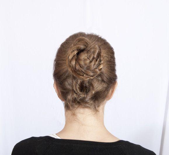 Recogido moño trenzado estilo informal/braided bun