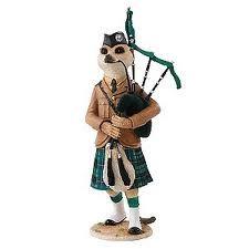 Meerkat tam the magnificent figurine