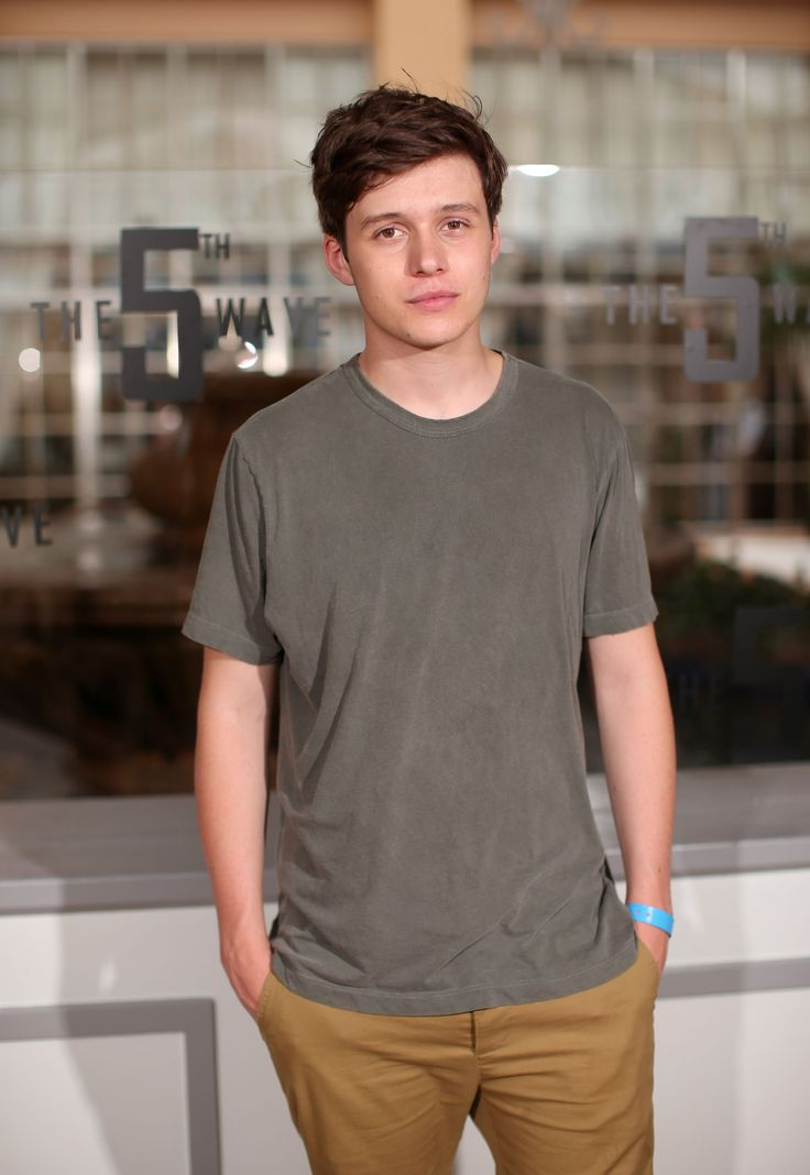 "Jun 12 | ""The 5th Wave"" Photocall - Summer Of Sony Pictures Entertainment 2015 - 0010 - Nick Robinson Fan / Photo Archive"