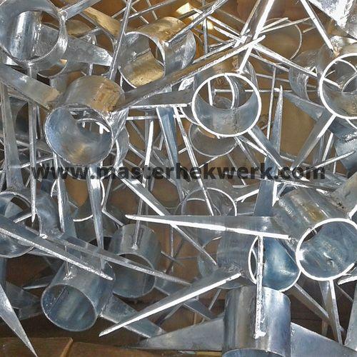 verzinkte roterende puntenkam spikes overklimbeveiliging rotterdam amsterdam zaandam eindhoven tilburg zwolle - Feldstein Kaminsimse