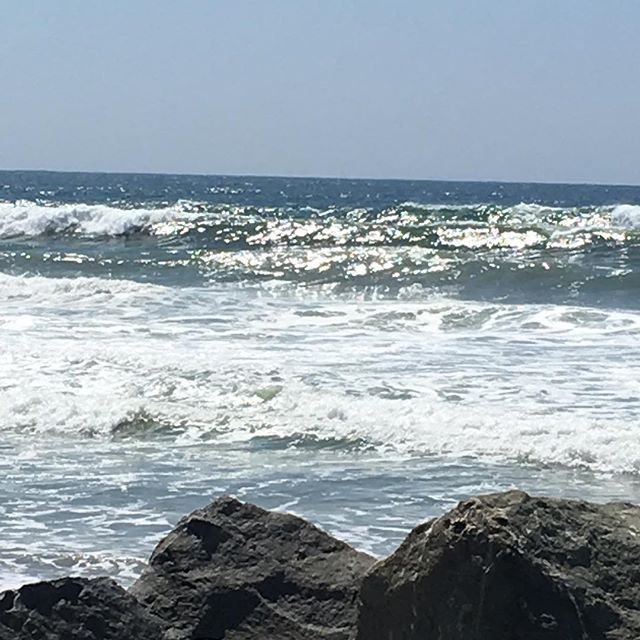 Was so pretty in #encinitas last Friday!!! I could totally live there!!!! 🌊🏄🌞 #sandiegoconnection #sdlocals #encinitaslocals - posted by Pene Barrett Joslen https://www.instagram.com/pene.joslen. See more post on Encinitas at http://encinitaslocals.com