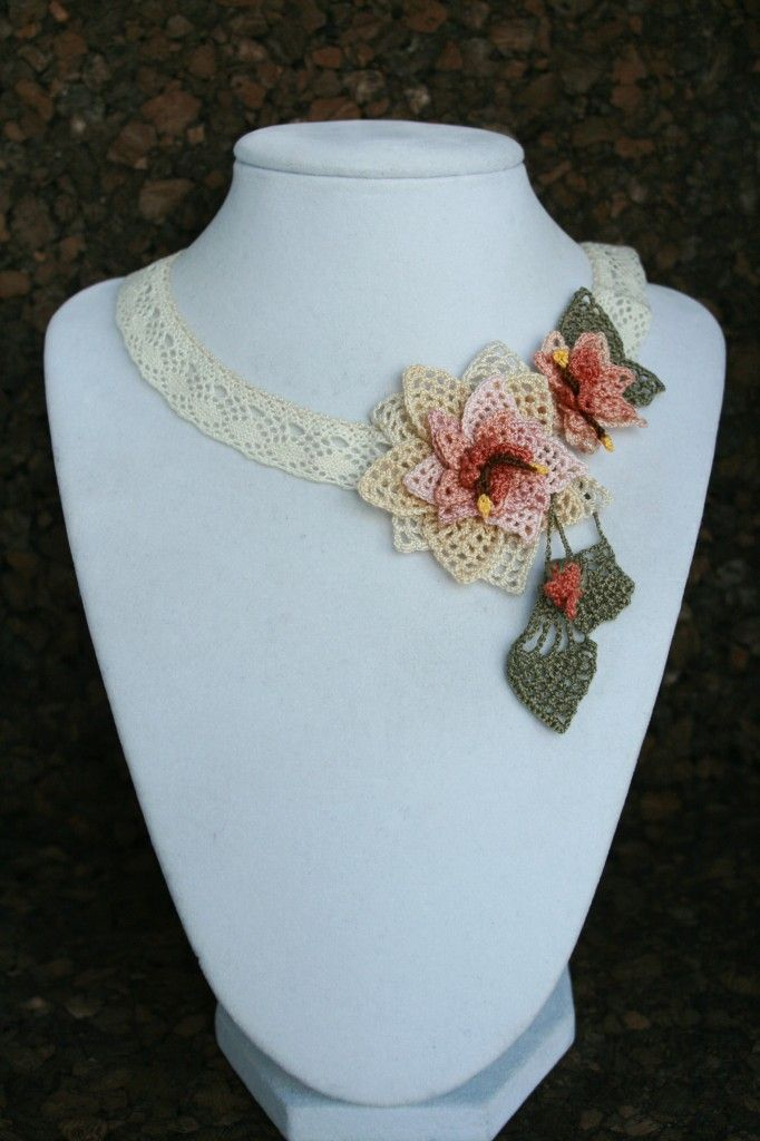 Add unique beauty to your neckline with his charming hand crocheted lace necklace.  The art of oya (Turkish lace/tatting) is thought to date back to the 8th century B.C. and has been passed on from mother to daughter for generations.  Either a straight needle or a small crochet hook is used to create loops  #crochet  #afs 7/5/13