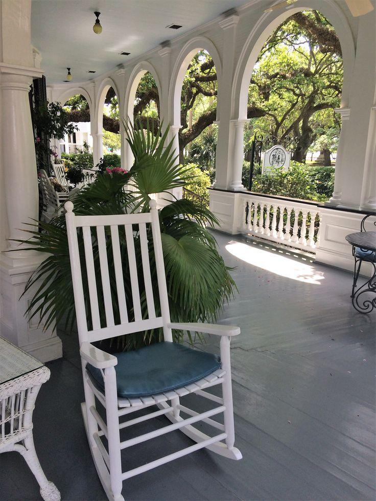 Charleston, SC Historic Bed & Breakfast | Two Meeting Street Inn