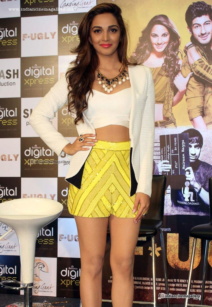 Kiara-Advani-at-fugly-trailer-launch-(4