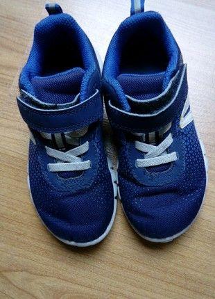 À vendre sur #vintedfrance ! http://www.vinted.fr/mode-enfants/chaussures-baskets/53221885-basket-garcon-26