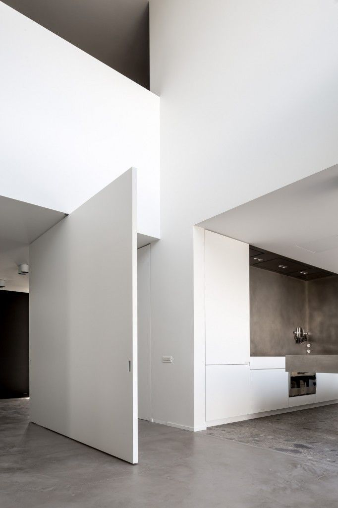 Best 25 movable walls ideas on pinterest moving walls for Movable exterior walls