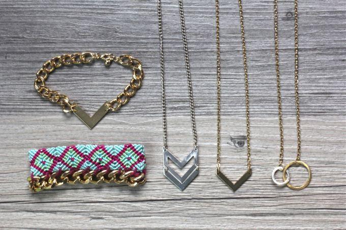QUICK DIY   Layered Necklaces & Bracelets   I SPY DIY Love the circle necklace!