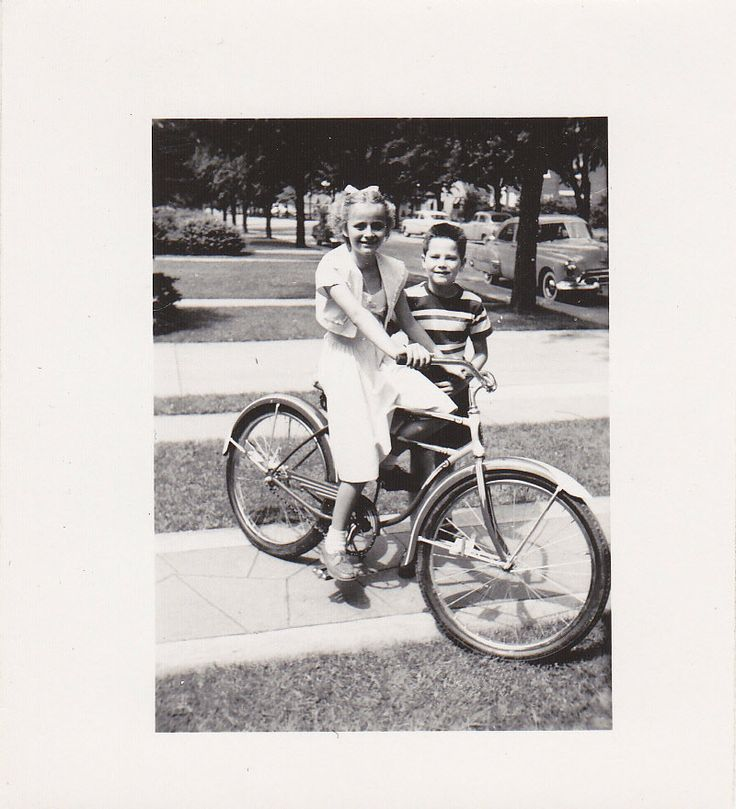 Girl on Bicycle- Brother and Sister- 1950s Training Wheels Off Girl on Bicycle Brother and por EphemeraObscura