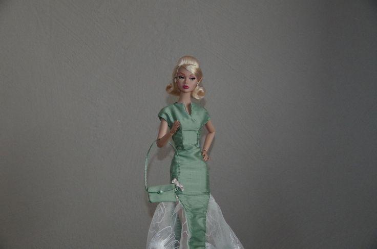 robe du soir en taffetas pour poupée, Barbie, Poppy Parker de Integrity toys Mini Egerie : Jeux, jouets par mini-egerie